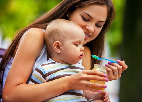 Lo svezzamento e le prime pappe del tuo bambino